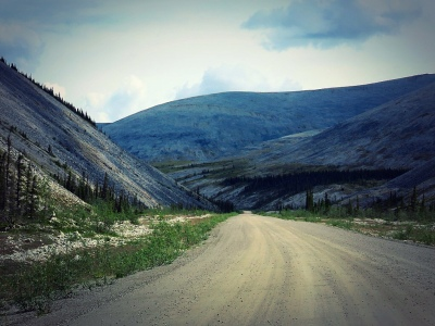 Go_Untamed_Winston_Wolfrider_Canada_Dempster_Highway_road