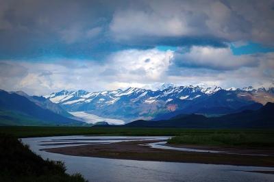 Go_Untamed_Winston_Wolfrider_Alaska_Denali_Mountains2