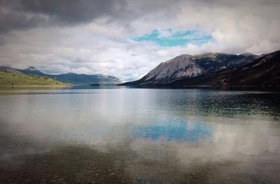Go_Untamed_Winston_Wolfrider_Alaska_Lake3