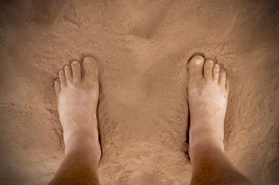Go_Untamed_Malawi_feet_dirt